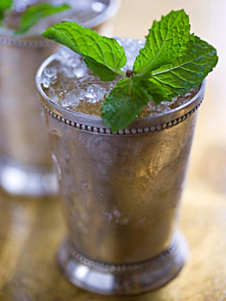 mint-julep-frosty-cup-louisville